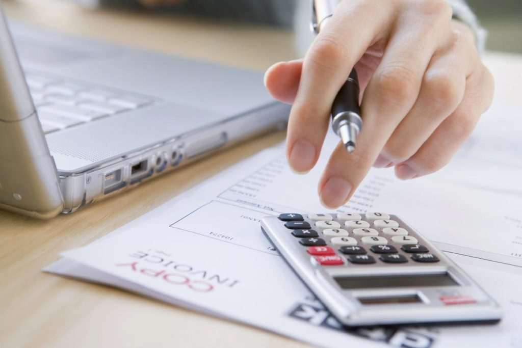 Nem jelentős összegű hiba hatása a társasági adóra